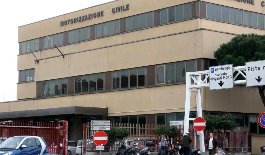 Ufficio Di Motorizzazione : Napoli: 60% del personale della motorizzazione civile ha avuto guai