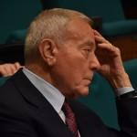 Gianni Letta presenzia al dibattito in aula magna