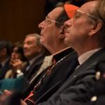 Il cardinale Giovanni Lajolo, presidente del Cda dell'università, presenzia alla tavola rotonda