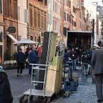 La zona pedonale di borgo occupata dai macchinari per la realizzazione del film