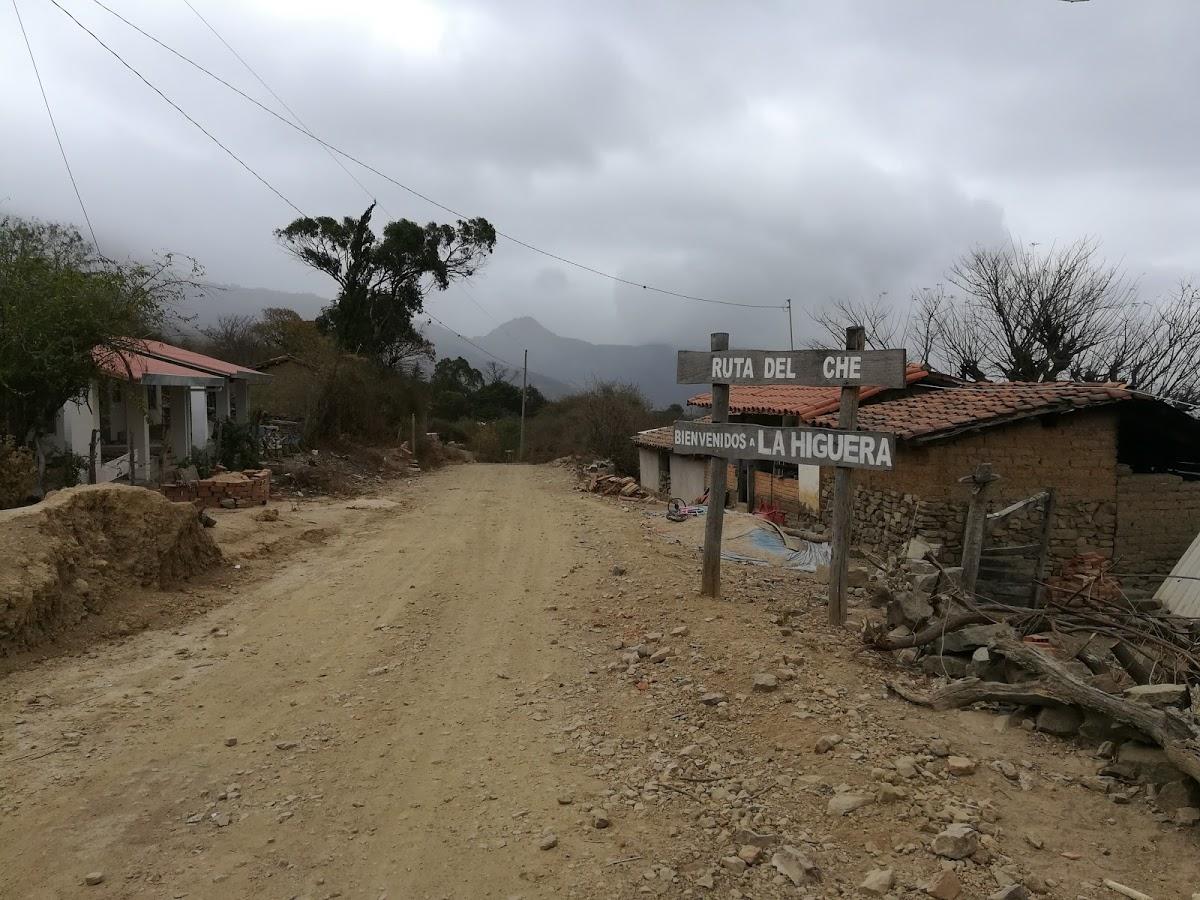Ingresso al villaggio La Higuera