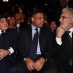 Grandi nomi tra gli ospiti. Nella foto Maradona, Ronaldo e il tenore Placido Domingo