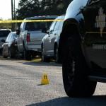 La polizia circoscrive il luogo della sparatoria