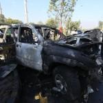 L'automezzo è stato colpito da una moto imbottita di esplosivo che ha ucciso tre agenti e ne ha feriti altri sei