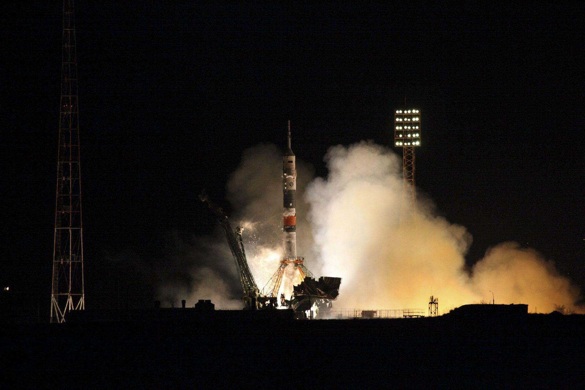 La navicella si prepara a intraprendere il suo viaggio verso la Stazione Spaziale Internazionale