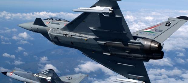 Aereo Di Linea Affiancato Da Caccia : Paura in lombardia per intervento dei caccia su aereo dell