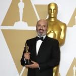 """Mark Bridges ottiene il premio per i migliori costumi ne """"Il filo nascosto"""""""
