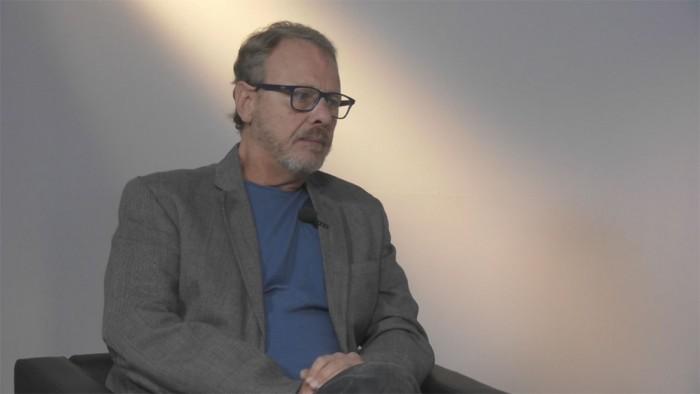 """Lo scrittore Andrea Carraro, autore de """"Il branco"""", ha tenuto due lezioni speciali sul rapporto tra narrativa e reportage"""