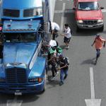 Migranti honduregni durante la marcia dal Messico verso gli Usa
