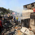Circa venti capanne sono state distrutte da un incendio a Mumbai