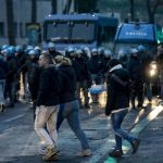 Primi scontri tra tifosi ospiti e le forze dell'ordine al di fuori dello Stadio Olimpico di Roma