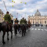 È iniziata a San Pietro la giornata di benedizione degli animali