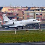 L'arrivo a Ciampino del Falcon 900 del Governo italiano con a bordo il terrorista Battisti.