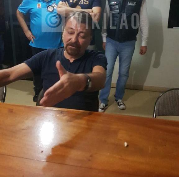 Il latitante durante l'interrogatorio seguito alla cattura, avvenuta grazie a un Interpol di investigatori italiani e brasiliani.