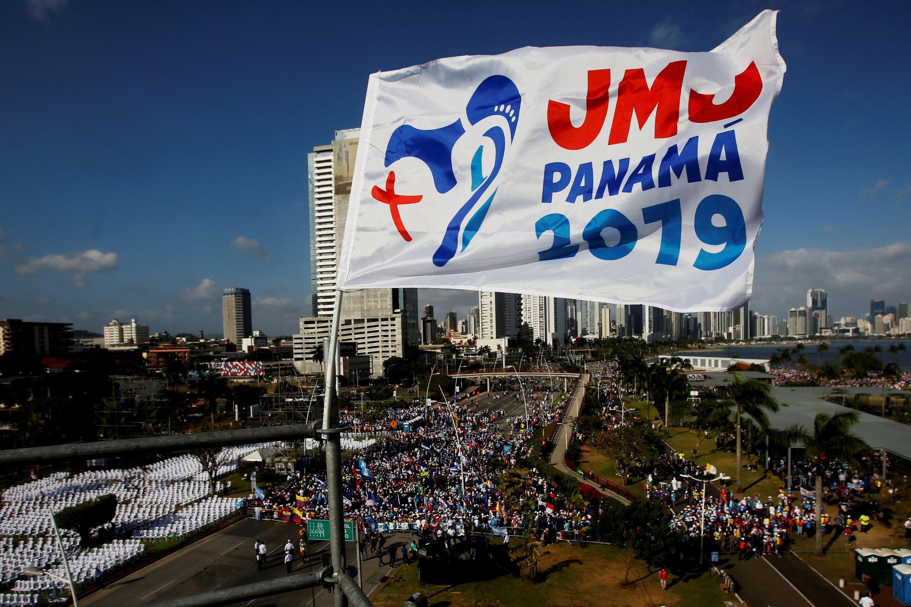 Il logo dell'evento di quest'anno è stato disegnato da una studentessa panamense di architettura. Maria è vista come mezzo per conoscere Gesù, rappresentato con una croce. Nel logo sono stilizzati anche il canale, uno dei simboli del Paese, e cinque puntini bianchi che simboleggiano i pellegrini provenienti dai cinque continenti