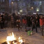 È durata circa tre ore la manifestazione che si è svolta a Tirana nella sera di ieri. A protestare era il leader del partito di opposizione, Lulzim Basha insieme ai suoi sostenitori, contro un governo, quello del premier Edi Rama, che traballa ed è in piena crisi politica