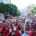 Sono ancora in molti ad appoggiare Maduro