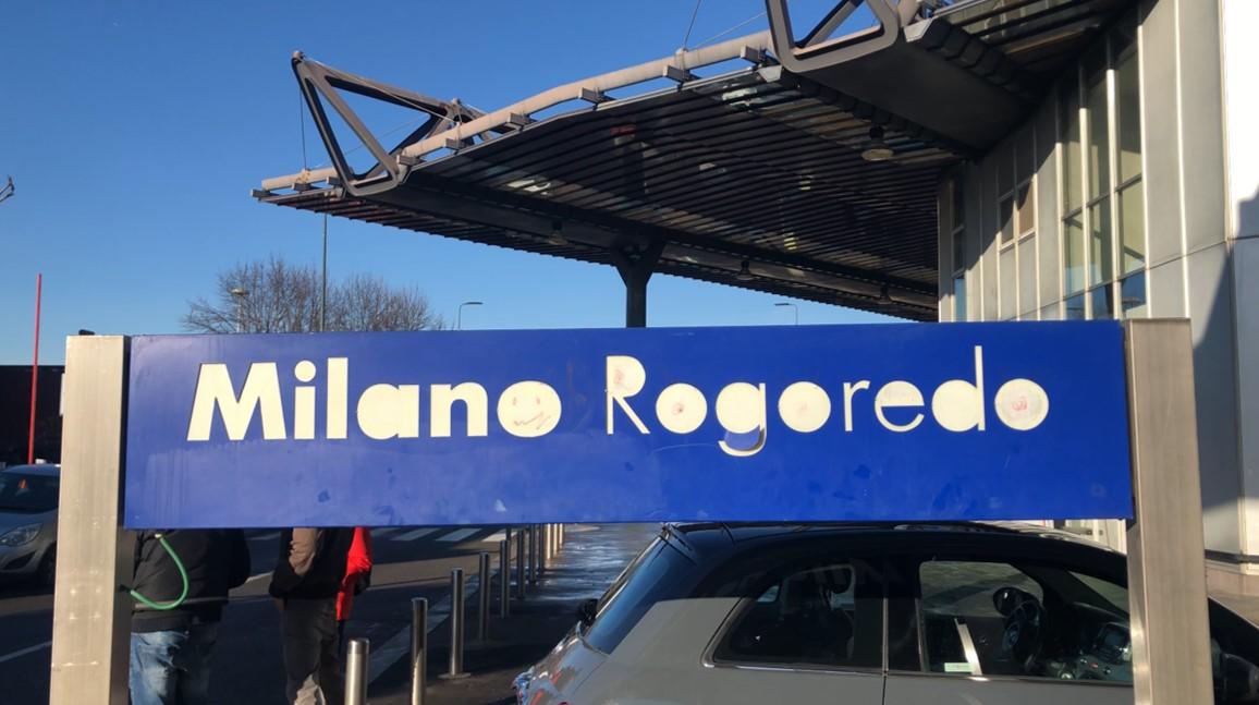 La stazione di Milano Rogoredo, poco distante dal Boschetto della droga