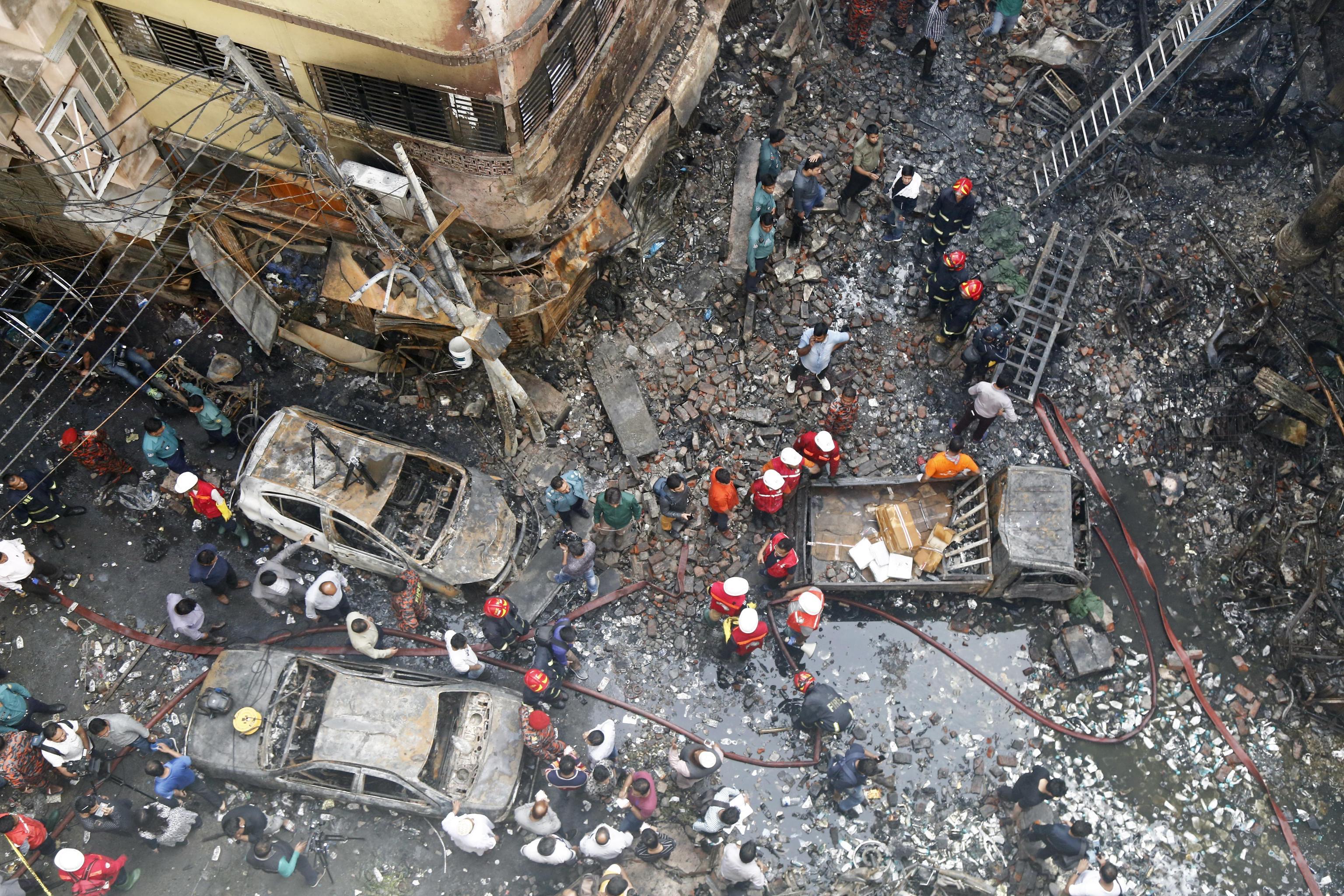 La devastazione causata dall'incendio vista dall'alto