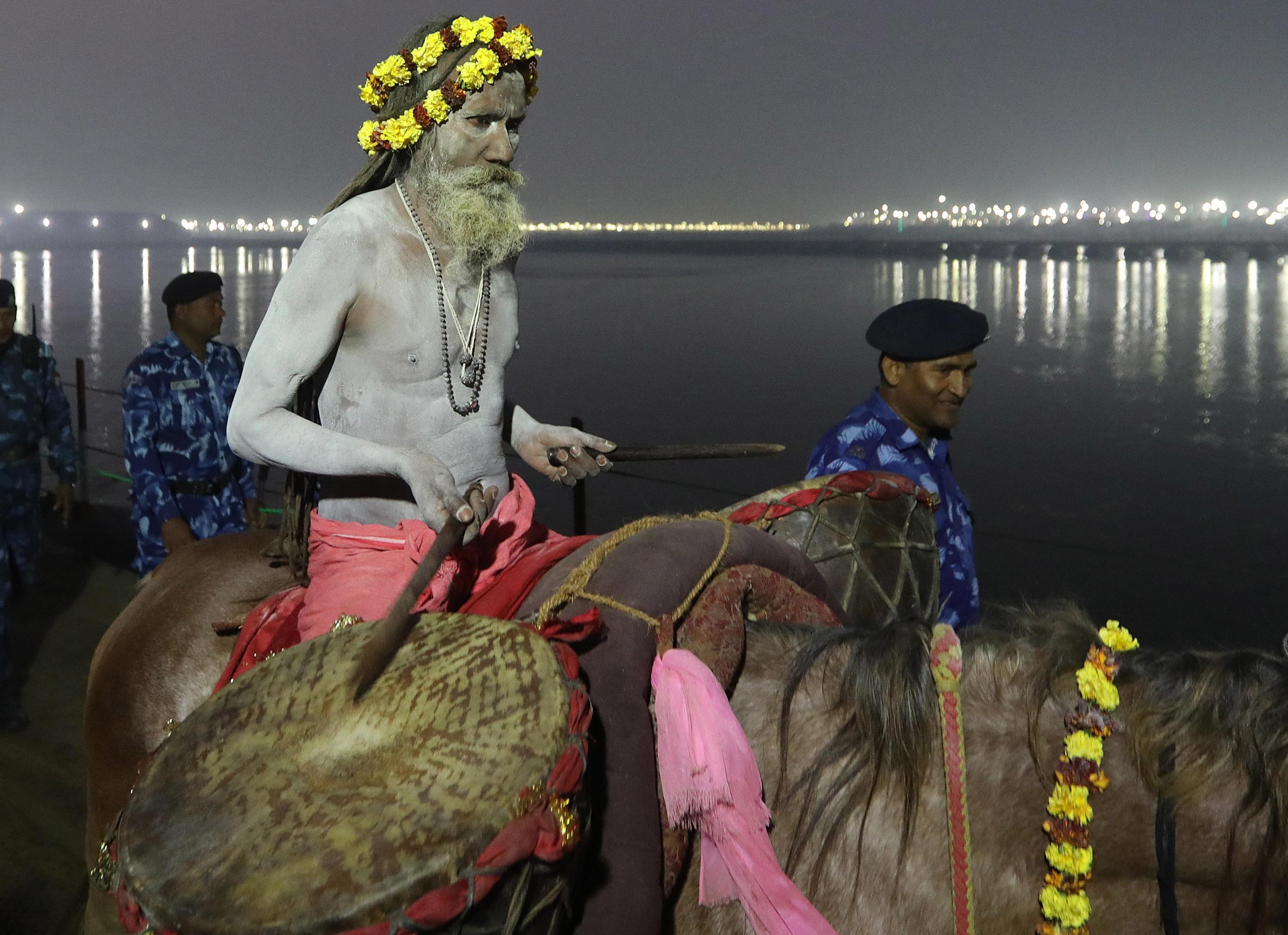 Nei pressi del fiume Sangam, uno degli affluenti del sacro Gange
