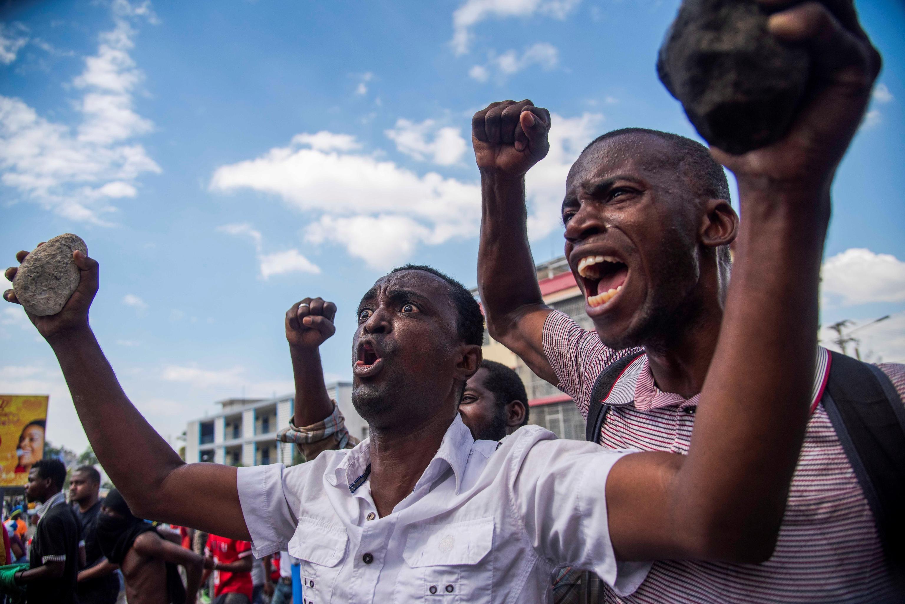 L'urlo di protesta si leva alto a due anni esatti dall'elezione di Jovenel Moise