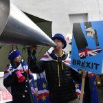 """Secondo i manifestanti per il """"remain"""", l'uscita dai trattati sarebbe un suicidio per il paese"""