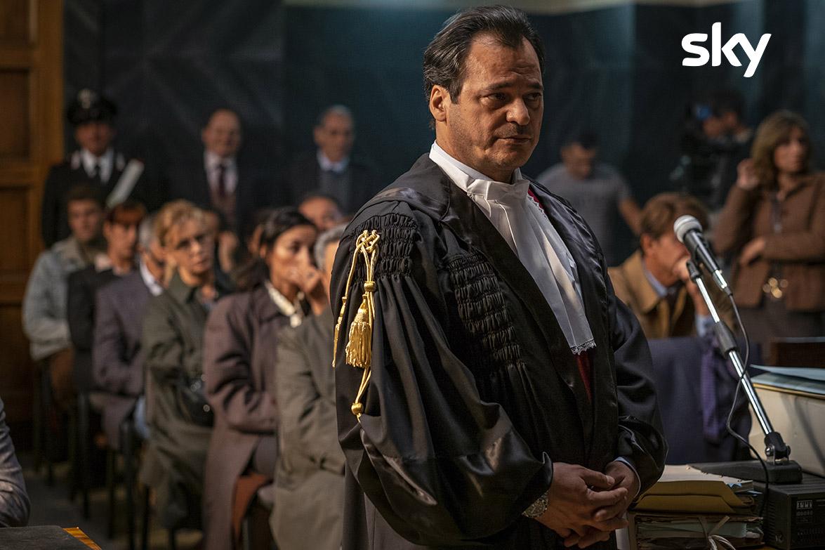 Il sostituto procuratore della Repubblica viene rappresentato come un uomo furbo e al tempo stesso metodico