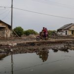 Circa cento famiglie di Pantai Bahagia sono costrette a trasferirsi altrove
