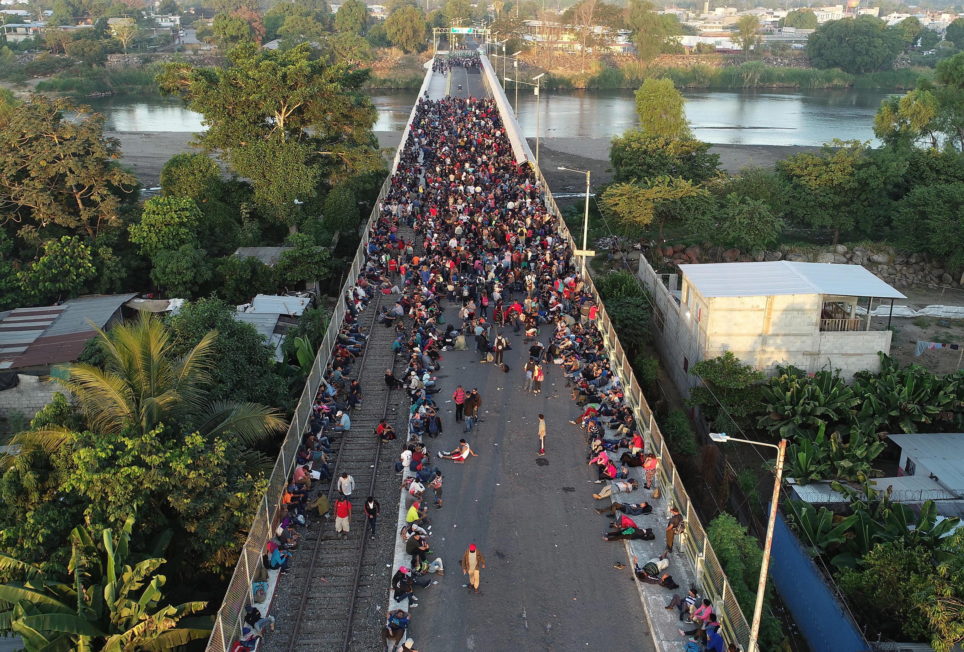 Il ponte che unisce il Guatemala al Messico
