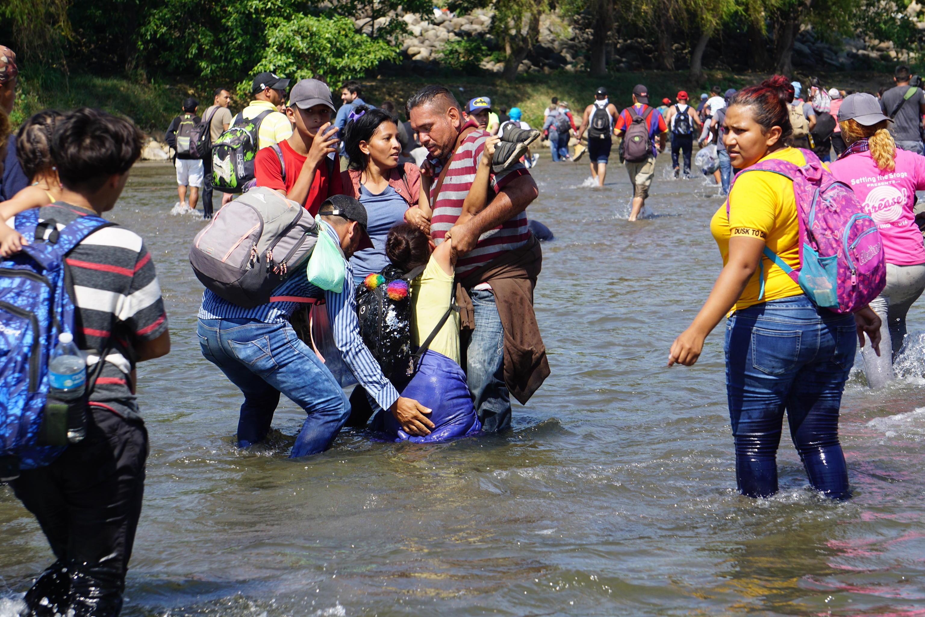Il fiume Suchiate attraversa cento degli 871 chilometri di confine tra Messico e Guatemala